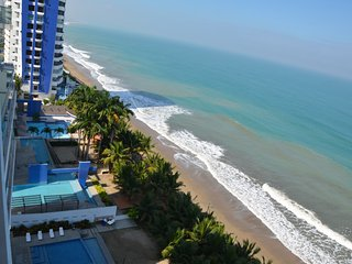 Departamento exclusivo frente al mar!