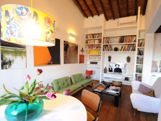 Bouganville, Santa Croce - 200m to Flea Market - Terrace & Wi Fi