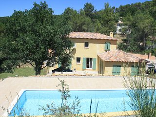 Villa with private pool, peaceful location, easy reach of Cote D'Azur beaches., Lorgues
