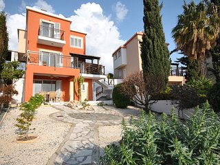 4 Bedroom - 4 Bathroom - 2 Kitchens/Living rooms Detached Villa With Sea Views, Peyia