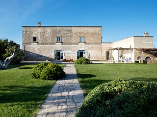 Exclusive Masseria with pool in Puglia, Italy