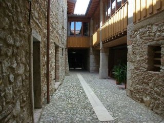 Cervano: country house, totally rebuilt, for 27 person