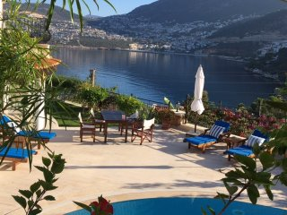 Luxury sea front Villa with sea views and private heated pool!, Kalkan