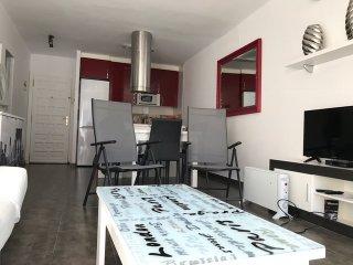 105B - Precioso apartamento con vistas al mar, Wi-Fi