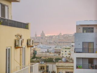 Spacious and modern 3BDR + sea views in Gzira (Ref:HG8), Il Gzira