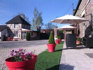 appartement de charme restauré dans corps de ferme typique de la Champagne, Barberey-Saint-Sulpice