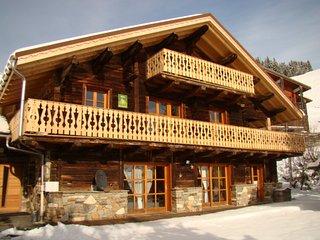 location chalet de montagne station de ski et de randonnée des saisies france