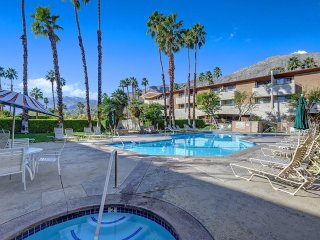 Biarritz Nirvana, Palm Springs