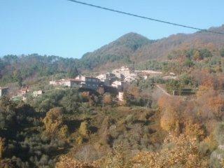Casa in classico borgo di paese.