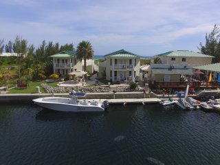 Seabreeze Grand Villa Diamond Suite, Freeport