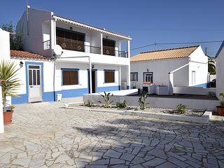6 bedr Villa 8 min from the beach Pad 12PAX