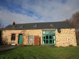 Pretty converted barn in a rural setting, Lonlay-l'Abbaye