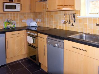 GREENFIELDS, pet friendly, character holiday cottage, with a garden in