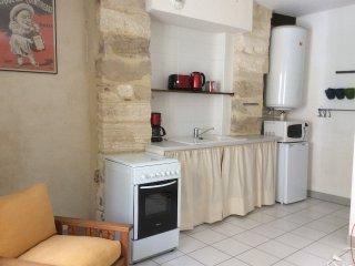 Grand studio meuble au coeur d'Avignon