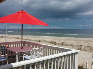 Islands End/Almost Oceanfront-Fantastic Ocean View From The Front Deck-Free WiFi, Ocean Isle Beach