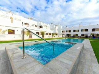 Luxury holiday house roof terrace for short-long term rental, Costa Blanca south