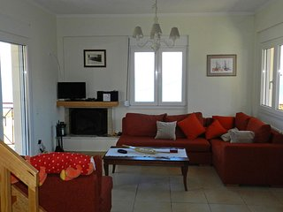 stavento, luxury villa with large outdoor Jacuzzi, excellent sea view, privacy.