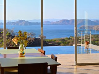 The Light House Contemporary Home overlooking Peninsula Papagayo and the Pacific, Playa Hermosa