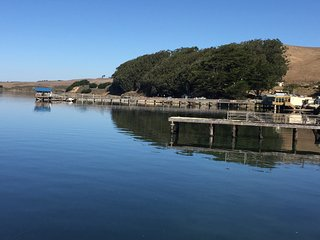 SHOREHOUSE. A pristine cottage on Tomales Bay, steps from Nick's Cove Restaurant
