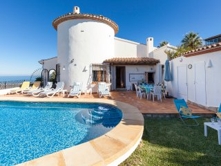 'Seahorse Villa'  Monte Pego. Sleeps 6 or 12 with Private Pool.