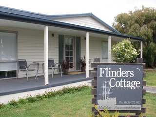 FLINDERS COTTAGE, Beauty Point