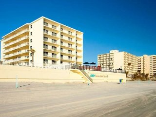 Fantasy Island Resort II - Friday, Saturday, Sunday Check ins Only!, Daytona Beach Shores