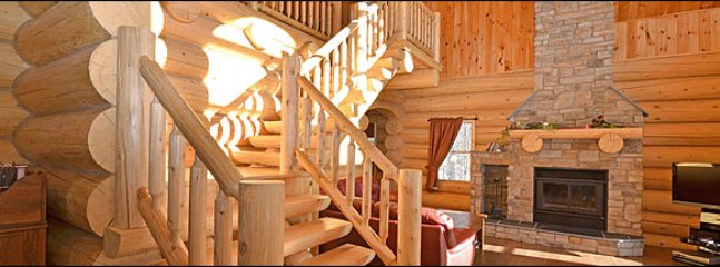 Great Views of Lake Lacoste / 215678, Mont Tremblant