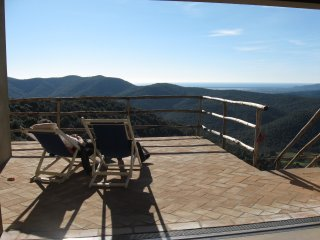 La Farfalla  flat with endless sea view over the maremma valley