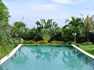 Villa Indah Sekali - A Private Paradise with Gorgeous Garden by the Sea