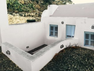Timedrops Santorini Thira villa, Emporio