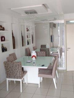 Alugo para temporada Apartamento Lindo Mobiliado em Icaraí próximo a praia, Niteroi