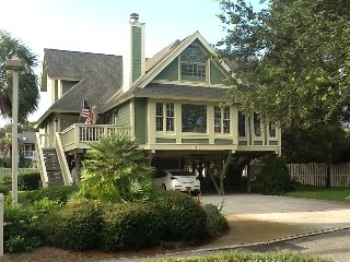 Isle of Palms Steps from the Beach, Quiet Private Community, 4.9 rating on VRBO