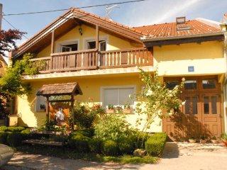 Rodino Gnijezdo, Slavonski Brod