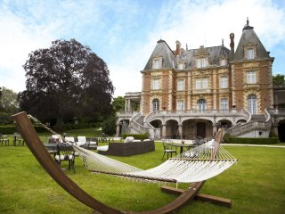 A BARONIAL ENCHANTED LUXURY CHATEAU, Paris