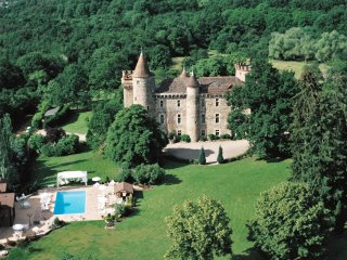 Medieval  5 Star Luxury Castle, Durtol