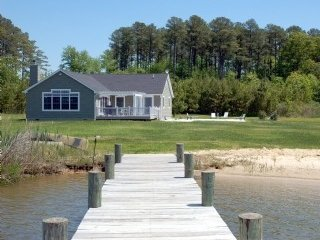 Cedar Point Chesapeake Bay Waterfront Cottage