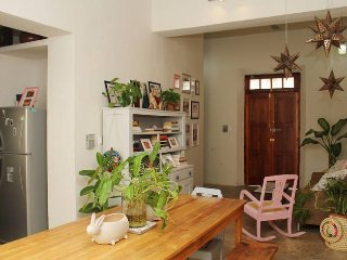 Amazing house in Merida Downtown with Pool / Barrio de Santiago