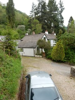 Surrounded by countryside but a gentle 5 minute stroll to Dulverton. Own dedicated off road parking.