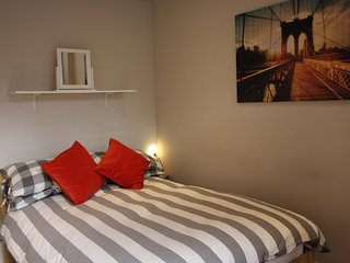 One bedroom serviced apartment (sleeps 4)