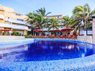 Ocean View Condo in Playacar  - Fishermens 228