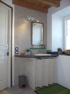 La Ponne, salle d'eau