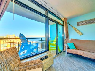 WOWTop Oceanfront Resort/Wonderful Ocean Views/Updated/Netflix/Xbox1/2tvs/3 beds, Myrtle Beach