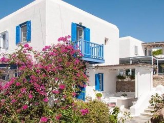 Cycladic House with beautiful terrace and pool, Ornos