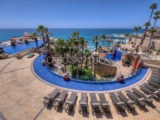 Luxury cliffside 1 bdrm oceanview villa in resort overlooking private beach
