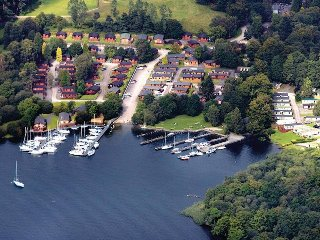 FABULOUS EIGHT BERTH LUXURY CARAVAN AT WHITE CROSS BAY WINDERMERE, Windermere