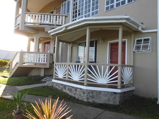 Affordable, Tranquil, Bay View Apartment