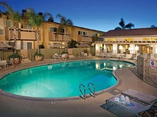Winner's Circle Resort and Tennis Club 1 bdrm. Condo, sleeps 4, Only $599/Week!