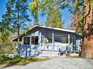 Lumberjack Lodge sleeps 6