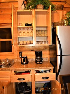 Fully Equipped Kitchen ~Wolf Ridge Retreat