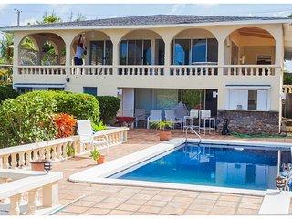 Chez Mango Luxury Ocean View Villa, Old Town